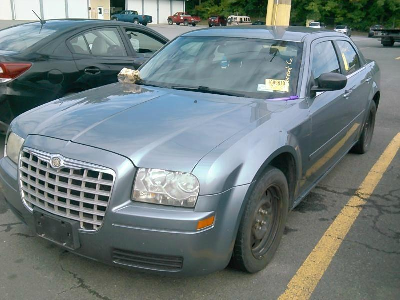 2006 Chrysler 300 $999