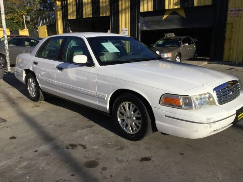 2003 Ford Crown Victoria $725