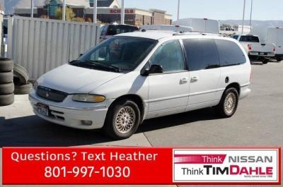 1996 Chrysler Town & Country $999