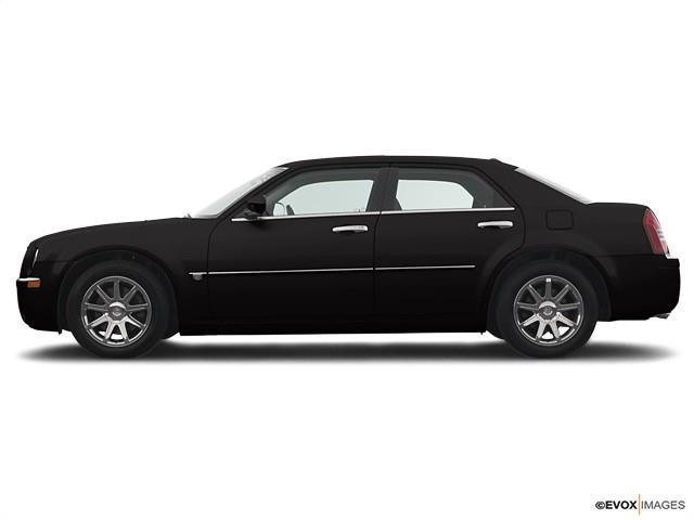 2005 Chrysler 300 $500
