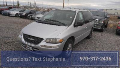 2000 Chrysler Town & Country $999