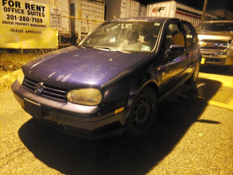 2001 Volkswagen Golf $995