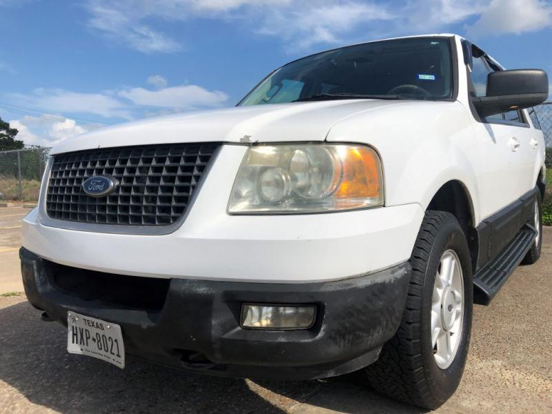 2005 Ford Expedition $700