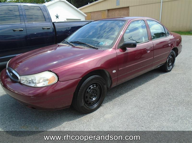 1999 Ford Contour $960