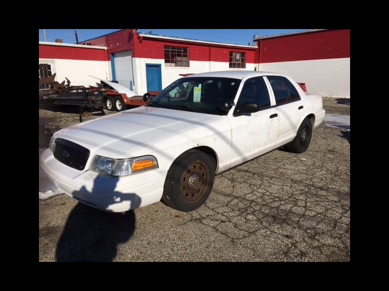 2011 Ford Crown Victoria $795