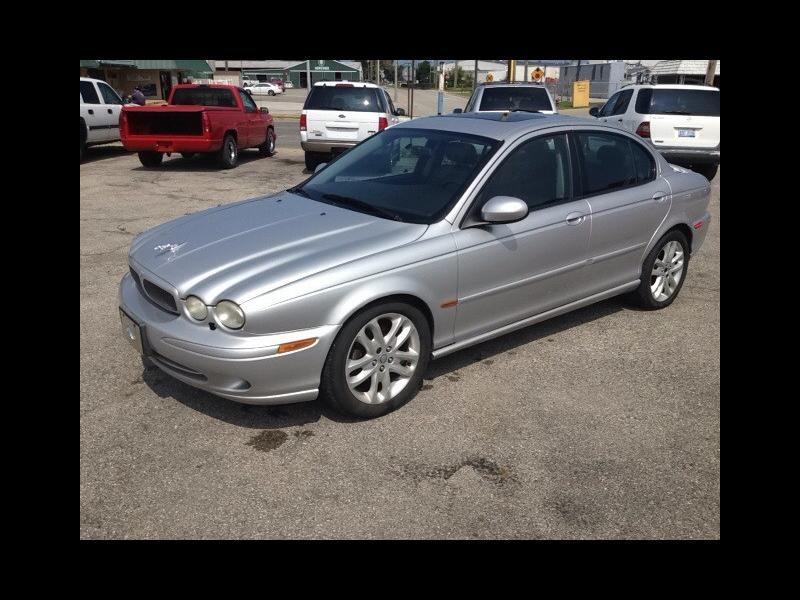 2002 Jaguar X-Type $995
