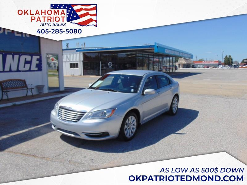 2012 Chrysler 200 $500
