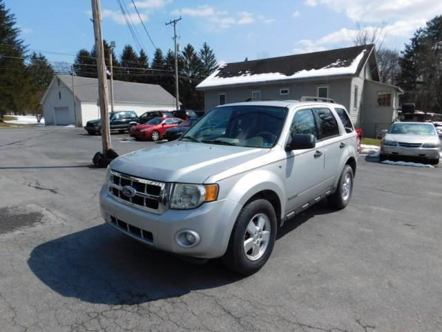 2008 Ford Escape $995