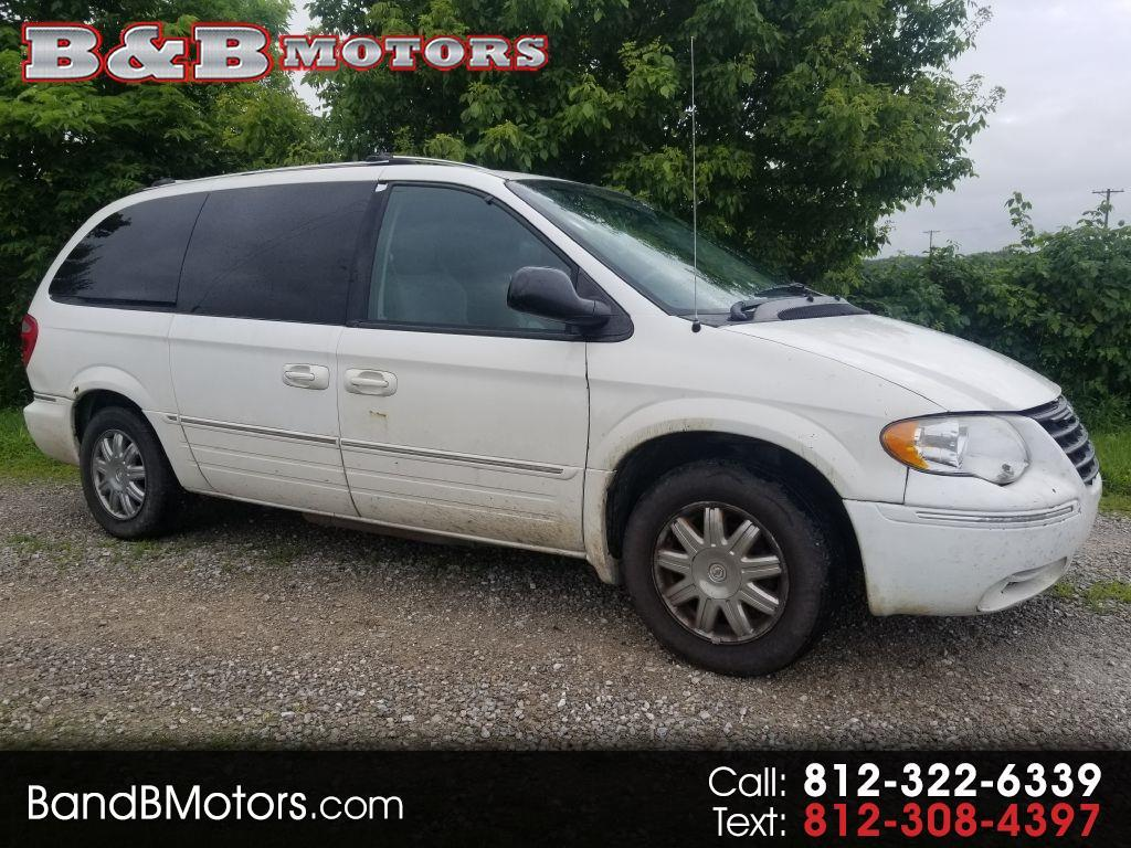 2005 Chrysler Town & Country $1300