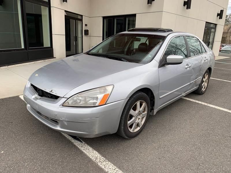 2005 Honda Accord $999