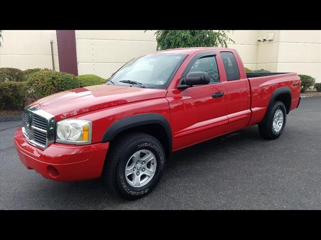2005 Dodge Dakota $1295