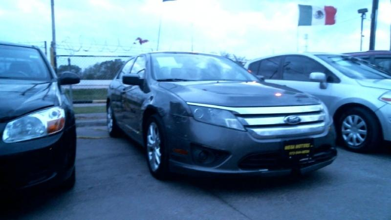 2012 Ford Fusion $525
