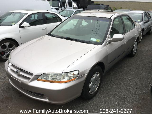 1999 Honda Accord $900