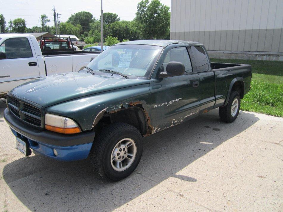 1999 Dodge Dakota $899