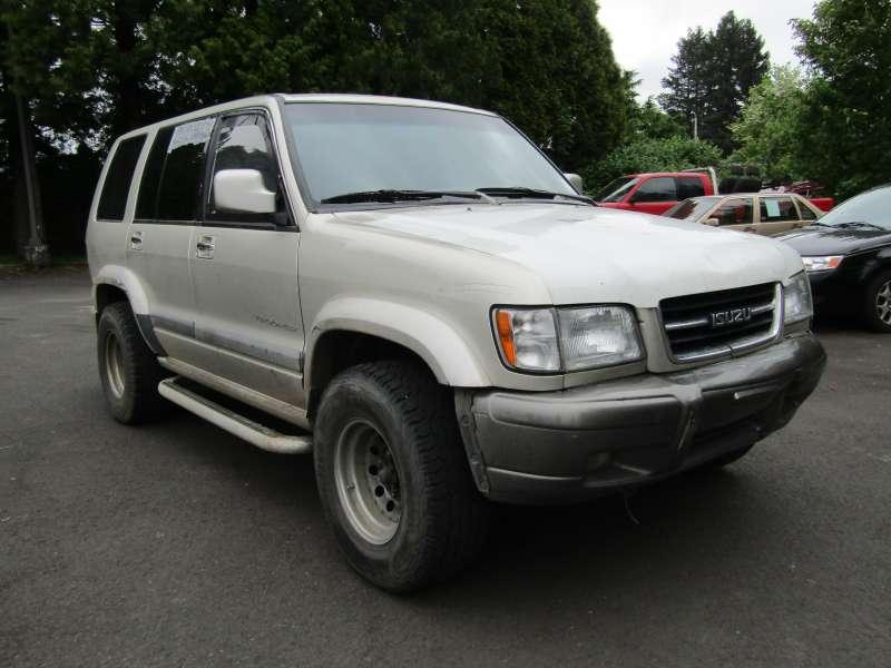 1999 Isuzu Trooper $788