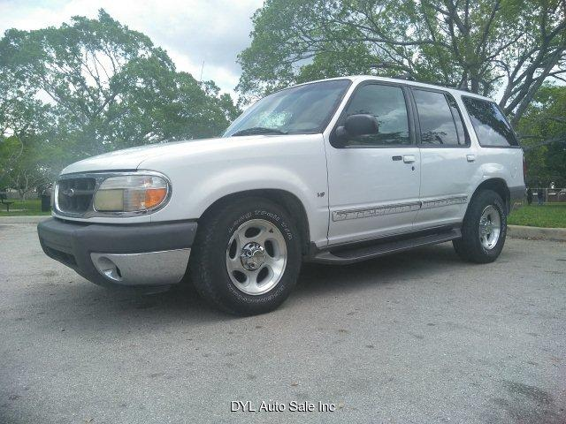 1996 Ford Explorer XL