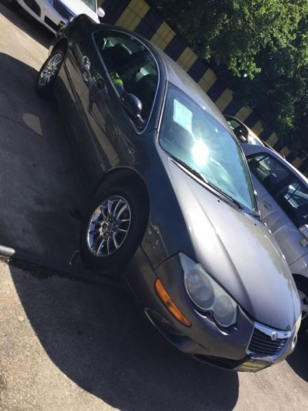 2002 Chrysler 300M $525