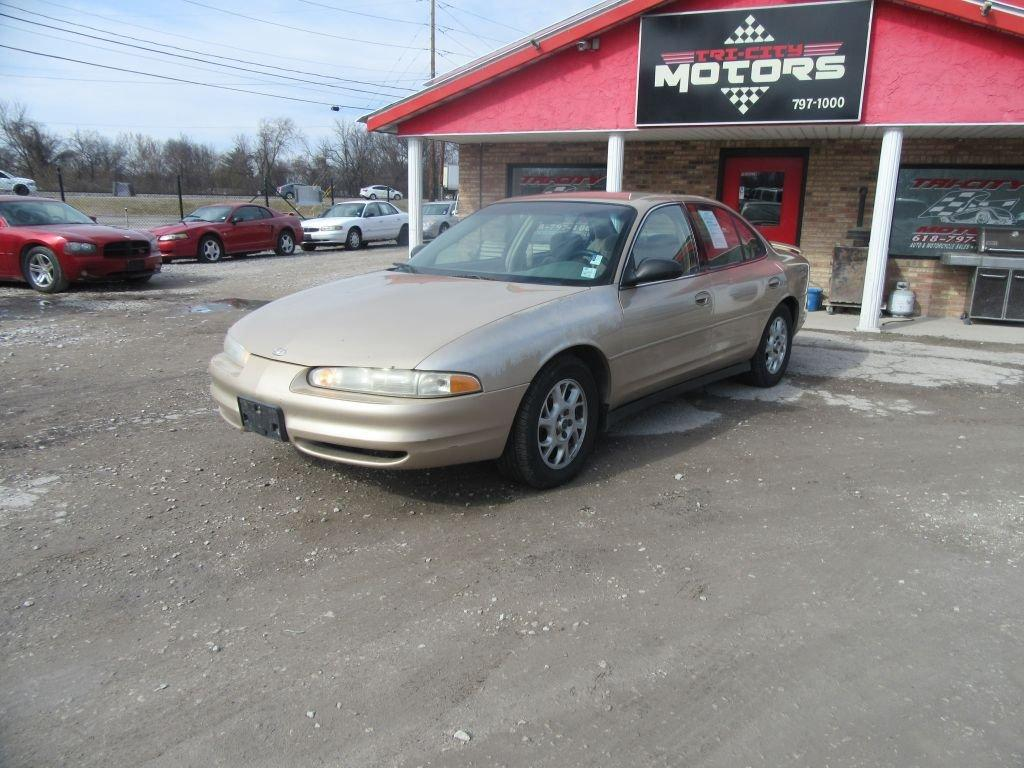 2002 Oldsmobile Intrigue $795