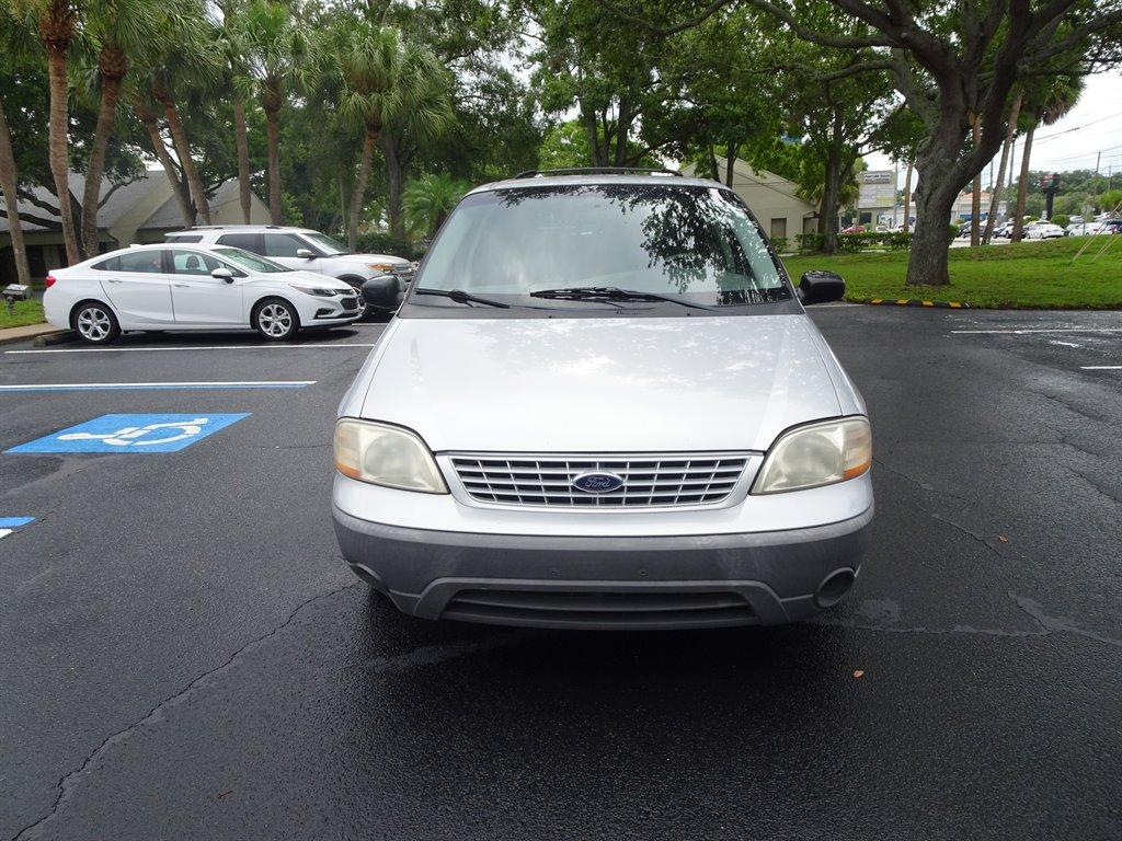 2001 Ford Windstar $895
