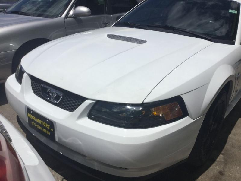2001 Ford Mustang $725