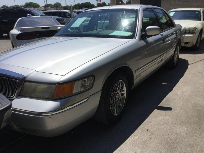 2001 Mercury Grand Marquis $525