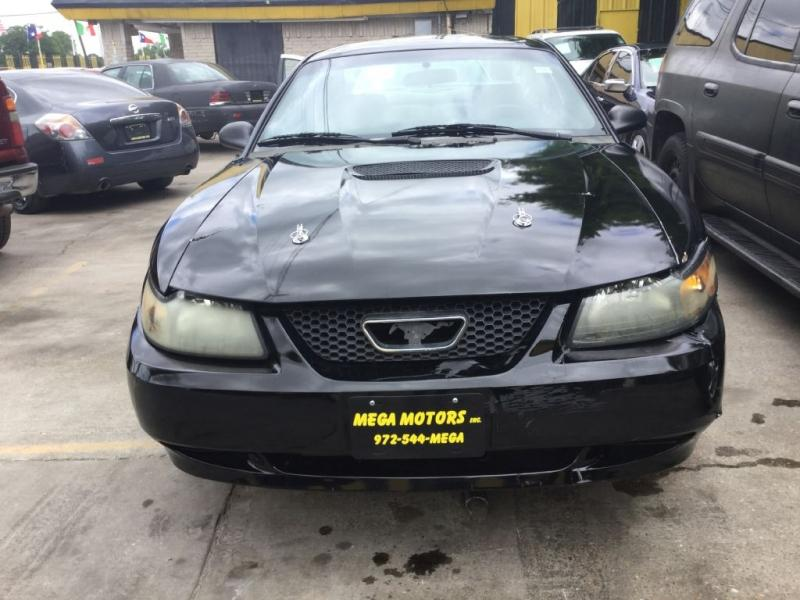 2000 Ford Mustang $725