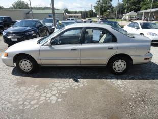 1997 Honda Accord $990