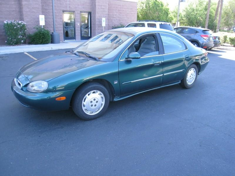 1999 Mercury Sable $999