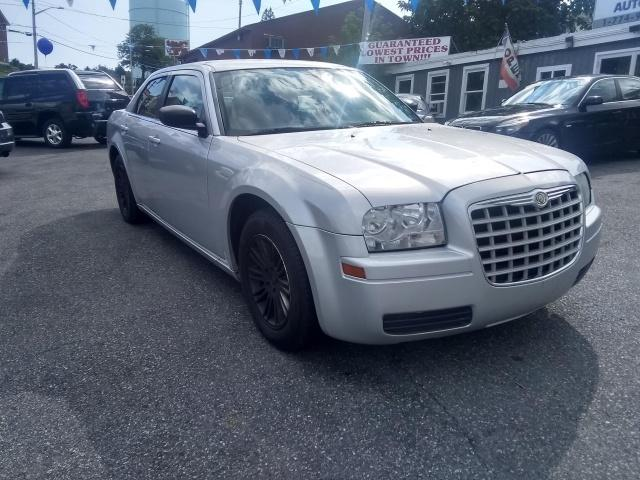 2009 Chrysler 300 $999