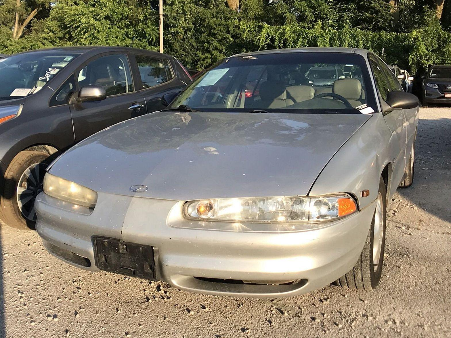 1999 Oldsmobile Intrigue $990