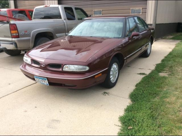 1999 Oldsmobile Eighty Eight $695