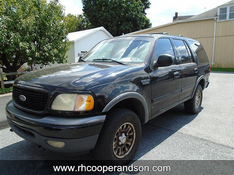2002 Ford Expedition $880