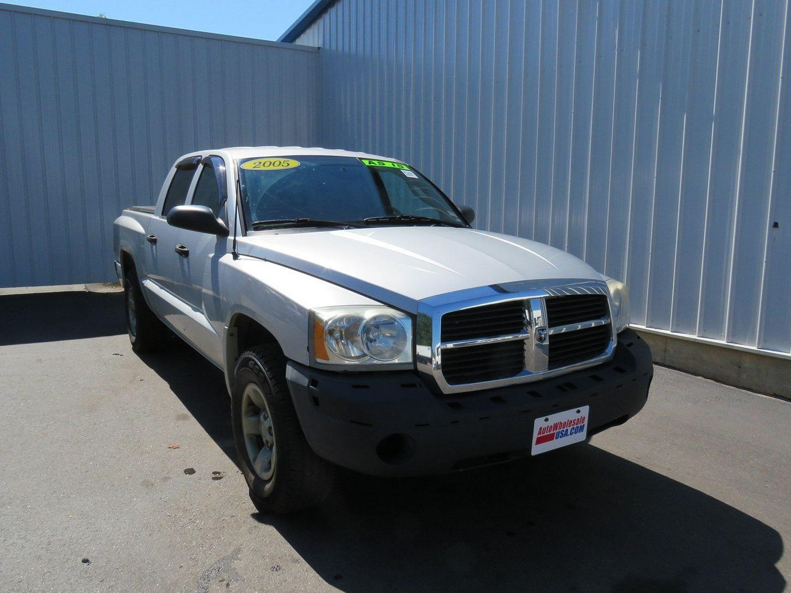 2005 Dodge Dakota $998