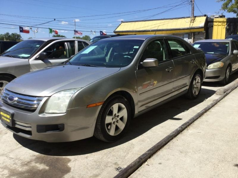 2008 Ford Fusion $525