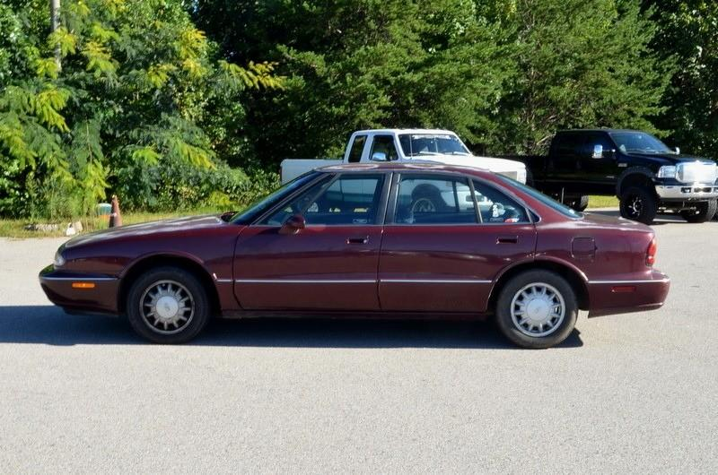1998 Oldsmobile Eighty Eight $800