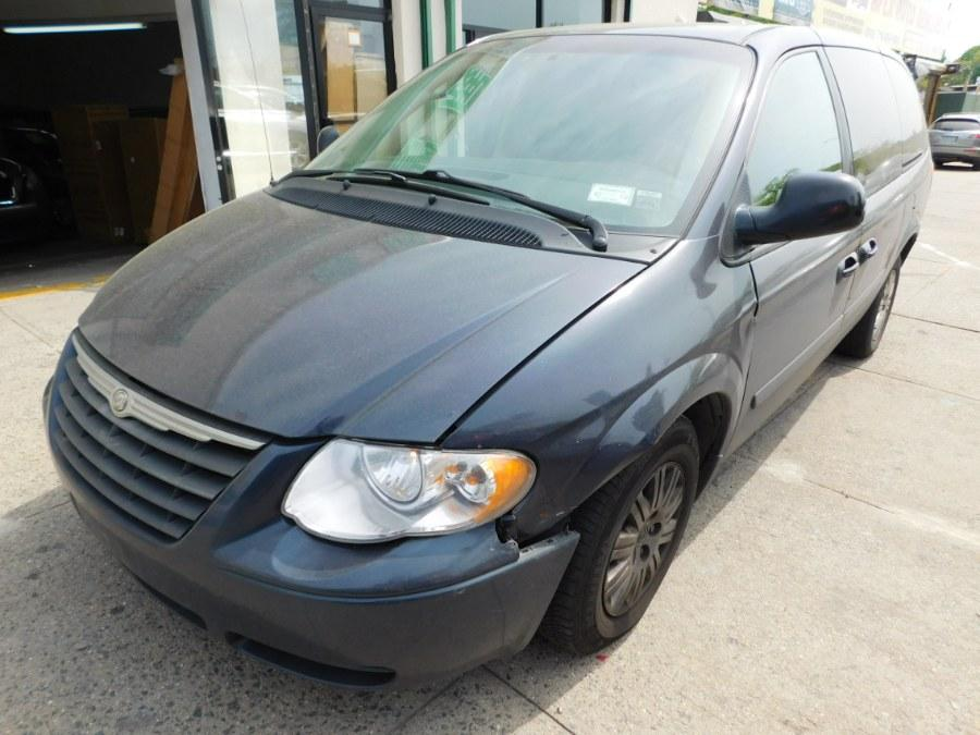 2007 Chrysler Town & Country $600