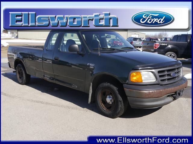 2004 Ford F-150 $995