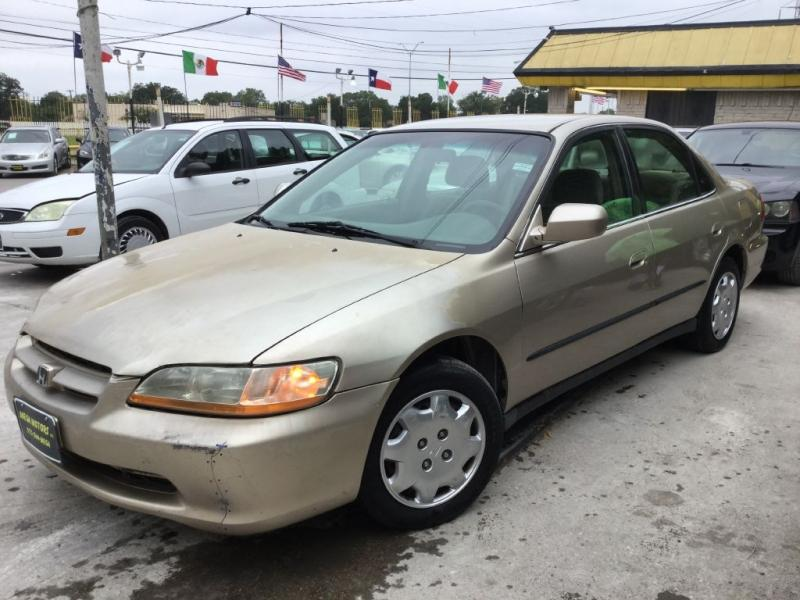 2000 Honda Accord $525