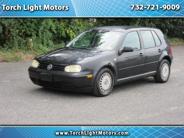 2002 Volkswagen Golf $590