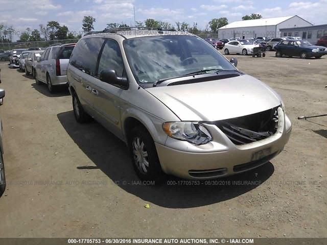 2005 Chrysler Town & Country $795