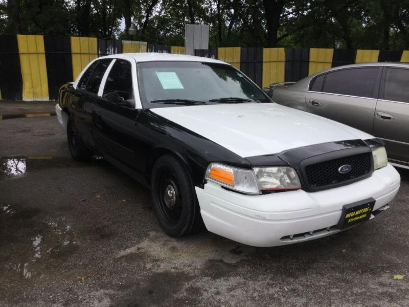 2011 Ford Crown Victoria $525
