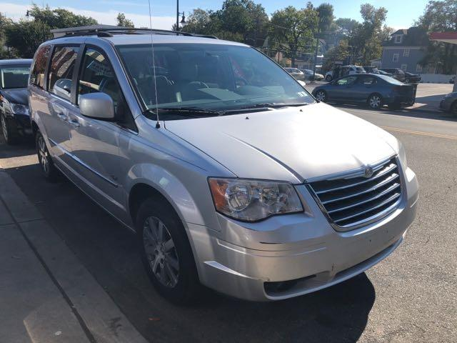 2009 Chrysler Town & Country $500