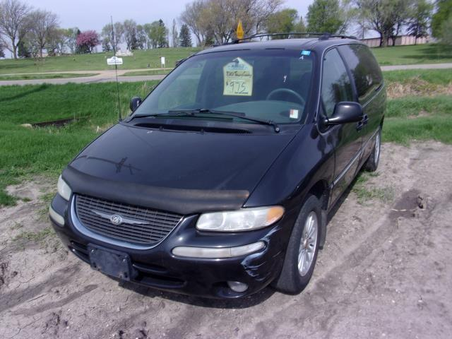 2000 chrysler town country 975 for sale 500. Black Bedroom Furniture Sets. Home Design Ideas