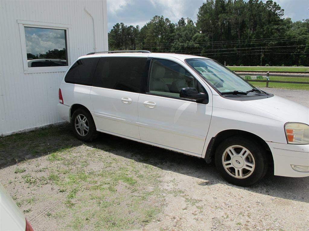 2004 Ford Freestar  900 For Sale  900